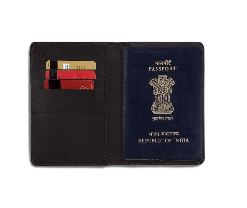 wanderlust-passport-holder-brown-open